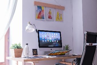 desain poster - polbis digital